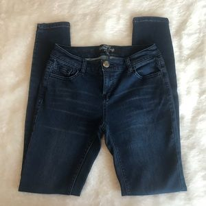 Fashion Nova Dark Wash Jean